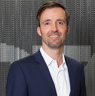 Dr. Nicolai Gerstner